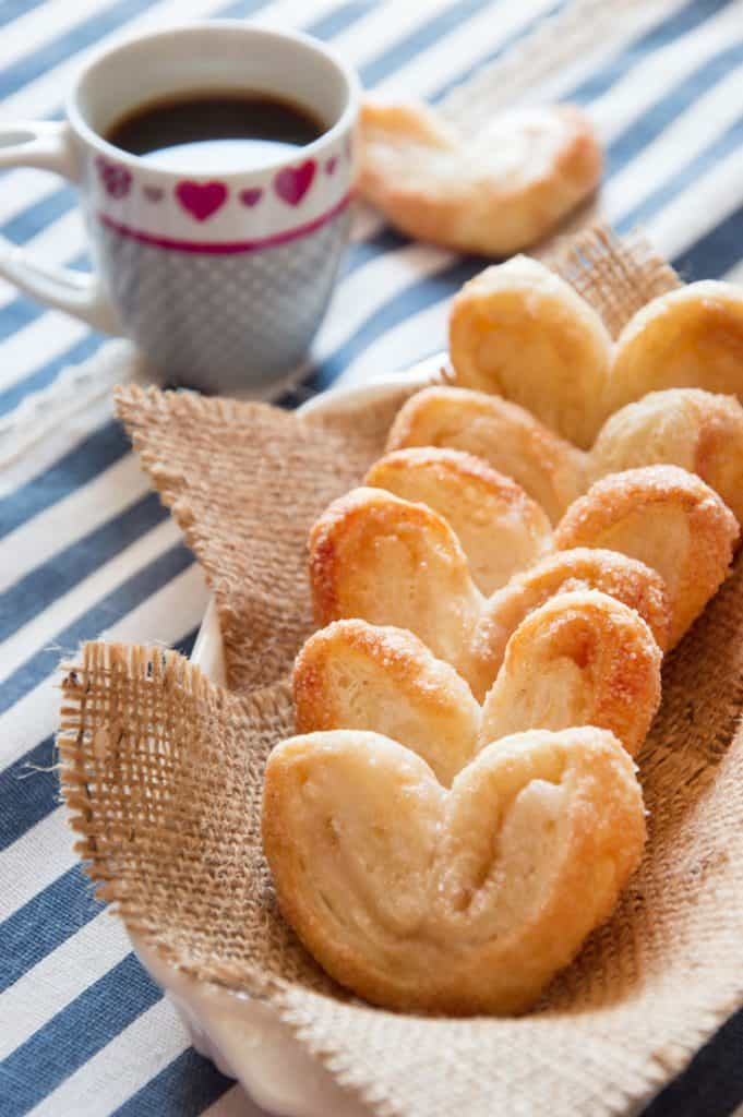 Melt-in-the-mouth Cinnamon Pastry Hearts