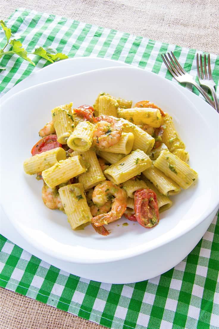 Delicious Rigatoni Pasta with Garlic Butter Shrimp & Sweet Pea Cream Sauce