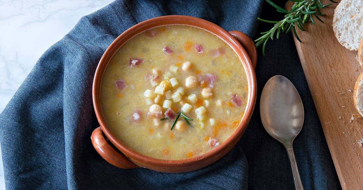 Photo of Ditalini Soup with Chickpeas & Bacon