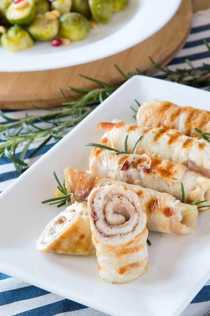 Chicken Involtini {Chicken Rolls w/Prosciutto & Cheese}